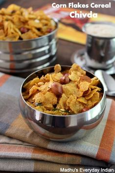 flakes cereal chivda recipe -corn flakes cereal chivda recipe - Korean Beef and Rice - Food - Cornflakes-Mixture-Chivda-Recipe Chivda recipe Healthy Crunchy Snacks, Healthy Indian Snacks, Healthy Cereal, Vegetarian Snacks, Healthy Meals For Kids, Healthy Steak, Dinner Healthy, Healthy Drinks, Diwali Snacks
