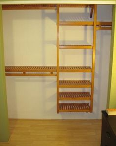 Standard Configuration In An 8u0027 Reach In Closet   Actual Project Using The  Solid Wood