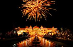 Are you looking for happy diwali images photos? Today we are sharing with you the latest collection of happy diwali images wallpapers and photos. Diwali Celebration, New Year Celebration, Happy Diwali Images Wallpapers, Diwali Status, India Holidays, Diwali Festival, Festival Lights, Travel Tours