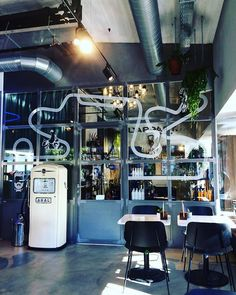 "mb68 su Instagram: ""#saturdaymorning #lugano #cofee #cofeetime #ticino #svizzera #caffè #suisse #switzerland #tessin #caffebar #sabatomattina #superofficine"""