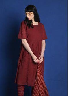 Gestreiftes/einfarbiges Kleid aus Öko-Baumwolle 75704-33.tif