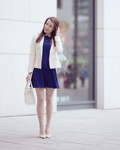 Royal-blue collar dress by H&M, nude blazer with golden buttons by Mango, Calzedonia nude lace tights, white tote bag Forever21, nude pumps Asos. http://www.thefashionrose.com/2016/04/blue-collar-dress-nude-pumps-golden-accessories.html