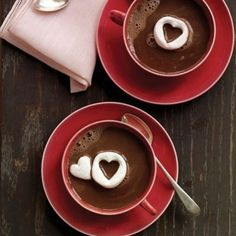 hot chocolate, great idea with the marshmallows