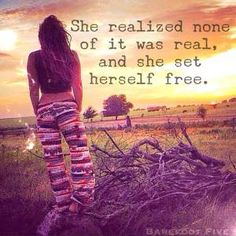 Hippie bohemian · self quotes · she realized most people aren't real, and she set herself free! Self Quotes, Wise Quotes, Quotes To Live By, Inspirational Quotes, Inspire Quotes, Gypsy Quotes, Hippie Quotes, Bohemian Quotes, Belem