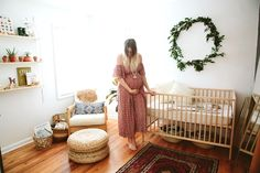 Those final days waiting for baby. Paige Jones, photographer and mama behind this sweet bohemian nursery is in the midst of all that magic right now, which makes it such perfect timing to share Natural Nursery, Nursery Neutral, Yellow Nursery, Baby Bedroom, Kids Bedroom, Light Bedroom, Nursery Design, Nursery Decor, Nursery Ideas
