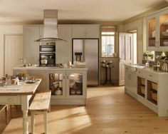 Burford Gloss Flint Grey - Burford - Kitchen Families - Kitchen Collection - Howdens Joinery