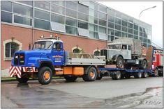 Saurer D330N 4x4+3 Pritsche+Goldhofer mit Saurer S4C Barras CH.jpg