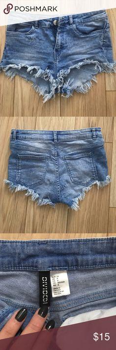 H&M denim shorts Blue denim shorts, fringed at bottom Shorts Jean Shorts