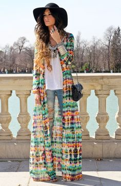 LOOK- Outfits con estilo Bohemio-Chic/Boho-chic style Hippie Style, Ethno Style, Gypsy Style, Bohemian Style, Bohemian Beach, Vintage Bohemian, Hippie Chick, Vintage Floral, Looks Street Style