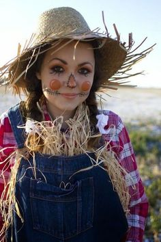 Fasching Ideen: Strohmann Kostüm Karneval Anyone with a partner are generally fully within love. Halloween Costumes Scarecrow, Scarecrow Face, Scarecrow Makeup, Halloween Costume Contest, Halloween Costumes For Girls, Cute Halloween, Costumes Kids, Halloween Makeup, Costume Ideas