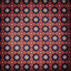 Lovely wall tiles. #Kaleidoscopist #Patterns #tiles #rafflescity #Sgig #igsg #instasg #singapore - @kaleidoscopist | Webstagram