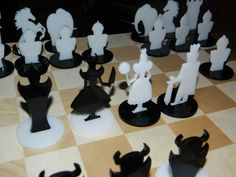 Good & Bad Chess by A-man http://thingiverse.com/thing:38513