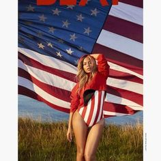 Beyonce Is the Ultimate American Woman in Patriotic Swimsuit on Beat Magazine Cover American Idol, American Women, American Flag, Beyonce Show, Beyonce Style, Hair Icon, Magazine Pictures, Star Wars, Photo Shoot