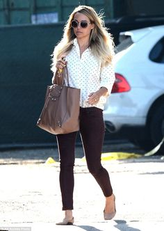She's all grown up! Laguna Beach star Lauren Conrad appeared professional and chic while stepping out from Kate Somerville Spa in Los Angele...