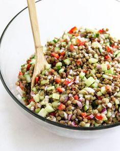 Lentil Salad (Perfect for Make-Ahead Meals!) Salad Recipes Video, Healthy Salad Recipes, Veggie Recipes, Healthy Snacks, Vegetarian Recipes, Healthy Eating, Cooking Recipes, Freezer Recipes, Veggie Meals