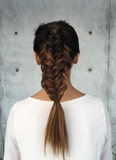 The Style Loop - looped fishtail by Jenny Strebe