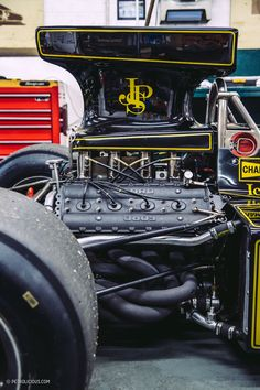 The British racing dynasty of Lotus is still thriving thanks to a dedicated team. Sports Car Racing, Sport Cars, Race Cars, Lotus F1, Race Engines, Formula 1 Car, Motor Engine, Vintage Race Car, Go Kart
