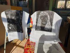 Tisk linorytu na trička. Vytvořili starší školáci v našem výtvarném studiu. Studios