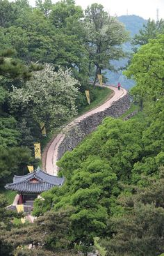 Gongju,Korea 공주 공산성 South Korea Travel, Asia Travel, Places Around The World, Around The Worlds, Asian Landscape, Beautiful Places, Beautiful Pictures, Korean Peninsula, Scenery Wallpaper