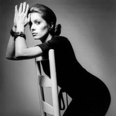 Catherine Deneuve / photo by Jeanloup Sieff, Paris, 1969.