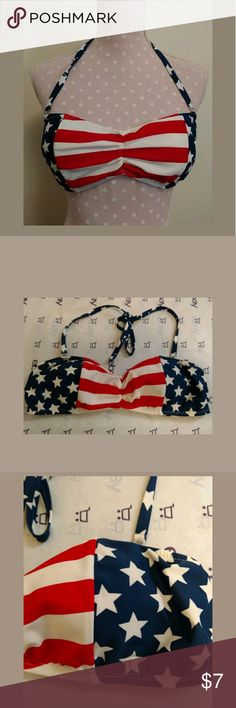 Catalina Patriotic Bikini Top Medium Catalina women's bikini top. Wear with cutoffs or bottoms. Size medium. In very nice condition, with no wear or stains.  Thank you for looking and be sure to take a look at the rest of my closet, There are tons of awesome bargains waiting just for you❣️❣️ Catalina Swim Bikinis