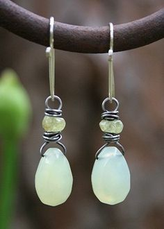 Summer's Green Earrings - Deryn Mentock