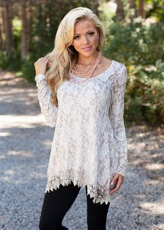 bea823ed07a4e0 Ivory lace blouse from Modern Vintage Boutique