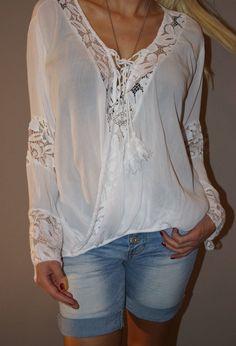 84f6142da0ec Bezaubernde Häkel Tunika Wickel Bluse Sexy Blogger Shirt S 36-42 Weiß Top  Trend…