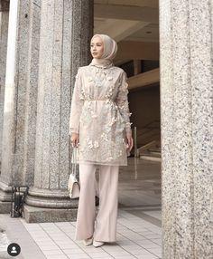 Kebaya Modern Hijab, Kebaya Hijab, Kebaya Dress, Modern Hijab Fashion, Abaya Fashion, Muslim Fashion, Fashion Dresses, Kebaya Brokat, Hijab Dress Party