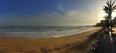 Playa del Cura. Rantakadun varrella ilta-auringon valossa. 17 ja kovahko tuuli.