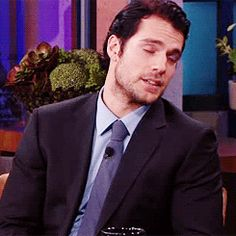 Henry Cavill gif>>> wow, that's hot
