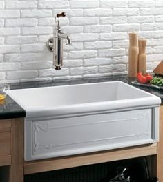Fireclay Sinks – Trendy Traditional Styles For An Eco-Friendly Kitchen