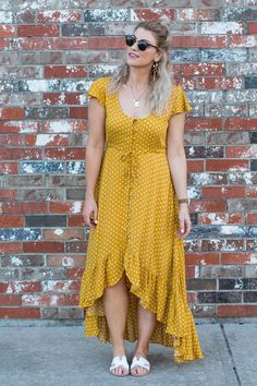 This mustard polka dot prairie dress is just the easy, breezy boho piece I needed to round of my summer wardrobe. So easy to wear! SEE DETAILS Frock Fashion, Beachwear Fashion, Skirt Fashion, Fashion Dresses, Trendy Dresses, Cute Dresses, Casual Dresses, Summer Dresses, Curvy Outfits