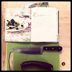 Carpaccio van courgette (uit ons eigen Hoge Hakken kookboek, tja)