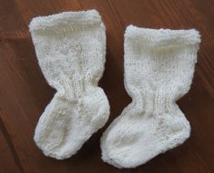 Joko, Knitting Socks, Gloves, Winter, Knit Socks, Winter Time, Winter Fashion