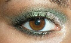 parliamodelmakeupenonsolo: lumiere cosmetics mineral makeup ...Green Eye Look 3