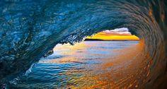 Bing Image Archive: Ocean waves near Ventura, California, USA (© David Pu'u/Corbis)(Bing United Kingdom)