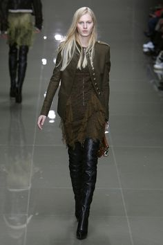 bb12638478a 96 Best BURBERRY images   Jackets, Burberry coat, Burberry trench coat