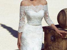 jolie robe de mariée manches longues aux épaules dénudées, robe de mariée style mariage espagnol