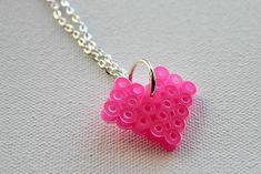 perles à repasser, pendentif rose magnifique