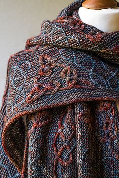 Lindisfarne pattern by Lucy Hague   malabrigo Sock in Marte and Persia