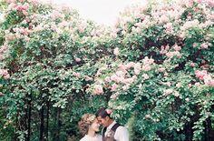Wedding Photography Ideas : get married in a garden