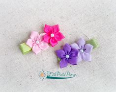 Mini starflower duo hair clip. Can be made in a variety of colors, but I love…