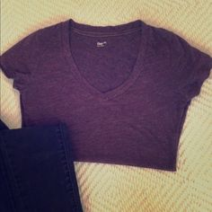 Casual t shirt This purple v neck shirt is a casual go to short for your wardrobe. It has a comfortable material, but doesn't leave you with the look of just rolling out of bed. GAP Tops Tees - Short Sleeve