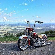 Harley Davidson Knucklehead, Harley Softail, Harley Davidson Helmets, Harley Davidson Iron 883, Classic Harley Davidson, Harley Davidson Motorcycles, Lowrider, Custom Harleys, Custom Bikes