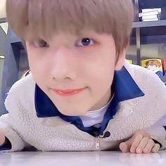 Hi guys! I'm 14 years old and my utt in nct is Jisung. I'm from Brasil and my english is bad,but i try 😅 Nct 127, Nct Dream, K Pop, Sweet Boys, Meme Photo, Park Jisung Nct, Park Ji-sung, Korean Boy, Latest Albums
