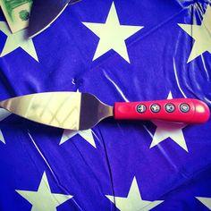 La tovaglia STAR e la paletta musicale in vendita su www.pacoarte.it