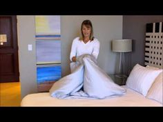 how to fold a fitted sheet.. so wadding it into a ball isn't right, then?