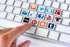 Having the right social media tools and a presence on all the major networks like Facebook, Twitter, Pinterest, Google+ and LinkedIn is a need these days for any business. Anyhow what sort of marketing tools, dashboards and managing softwares are the social media managing gurus really using to juggle these many accounts? #cute #my #life #blogging  http://chiplanay.com/social-media-tools/