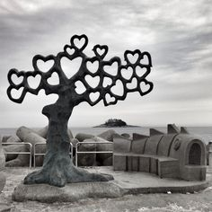TREE OF HEARTS ON THE JETTY. Sokcho-si, Gangwon-do, South Korea. On a jetty jutting out into the Sea of Japan, toward a pine-covered lighthouse isle, this metal tree of hearts is a rendezvous spot on the NE coast of South Korea. Sokcho, Autumn In My Heart, Heart In Nature, Heart Art, Tableaux Vivants, I Love Heart, Thinking Day, Metal Tree, Oh The Places You'll Go